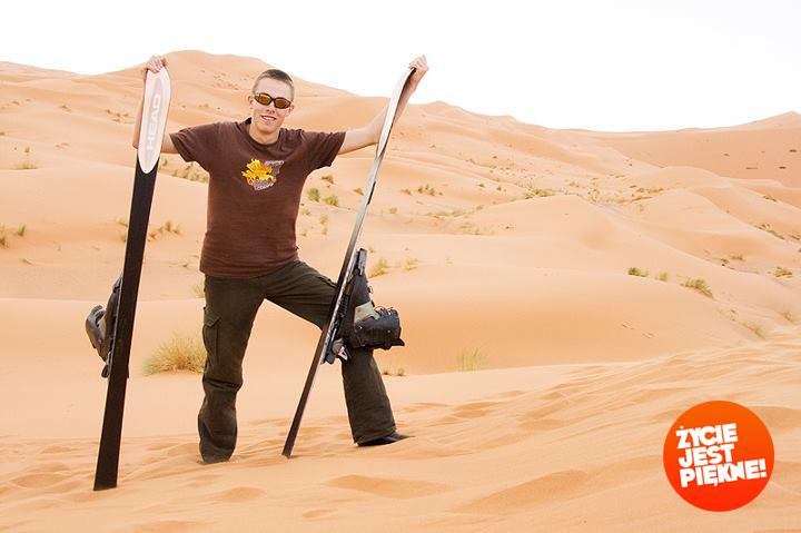 Misja naSaharze. Myślałem, żetobłędy wgrze, alejednak toprawdziwy piach : )
